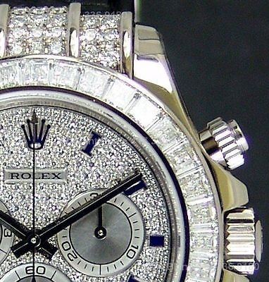 ROLEX - 18kt White Gold Daytona Full Diamond Pave Roman  - Model - 116599