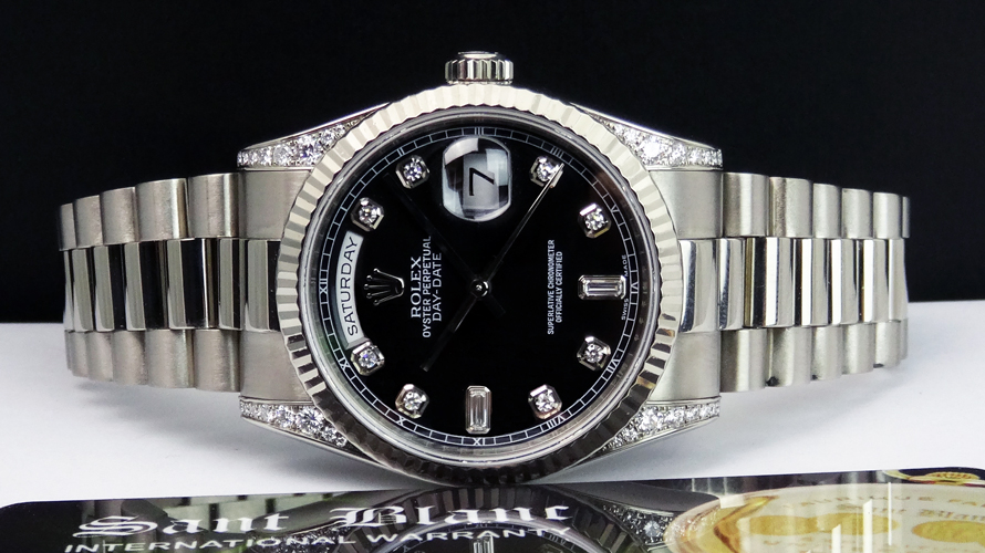 ROLEX - Men's 18kt White Gold DayDate President - Black Diamond Dial Diamond Lugs - Model 118339