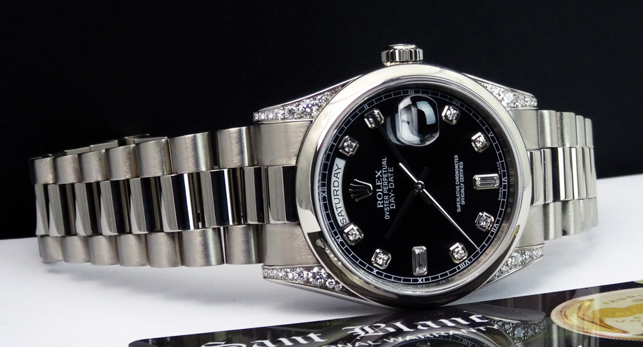 ROLEX - Men's 18kt White Gold DayDate President - Domed Bezel - Black Diamond Dial Diamond Lugs - Model 118339