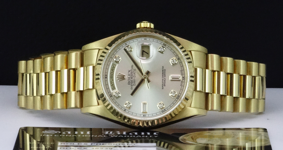 ROLEX - Mens 18kt Gold Day Date President - Silver Diamond Dial - 18238